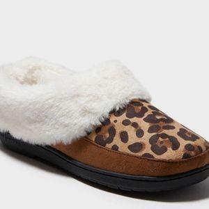 NWT Women's Leopard Slide Slippers